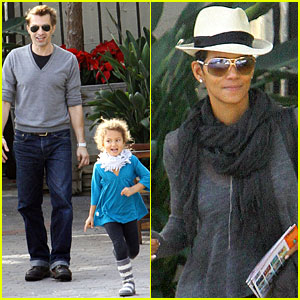 Halle Berry & Olivier Martinez: Malibu Beach with Nahla!