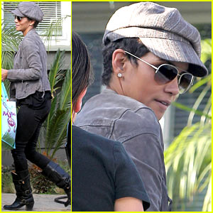 Halle Berry: Play Date with Nahla!