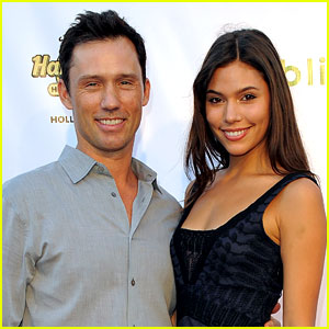 Jeffrey Donovan & Wife Michelle Welcome Baby Girl!
