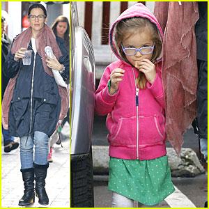 Jennifer Garner & Seraphina: Eyeglasses Wearing Duo!