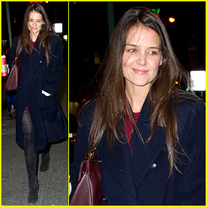 Katie Holmes' Broadway Play 'Dead Accounts' Closing Early