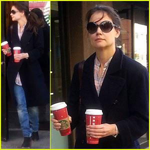 Katie Holmes: Coffee Stop at Starbucks!