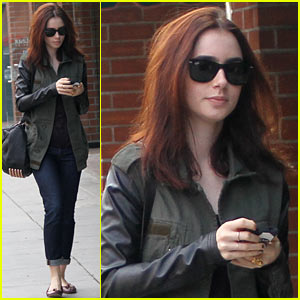 Lily Collins: Beverly Hills Holiday Shopping!