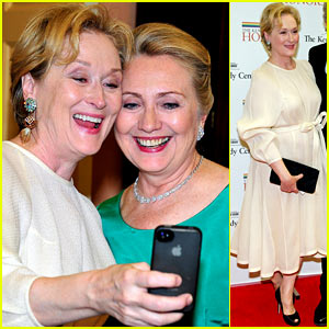 Meryl Streep & Hillary Clinton Say Cheese for Kennedy Center Honors!