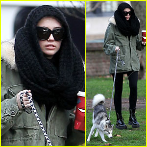 Miley Cyrus Bundles Up for Philly Dog Walk!