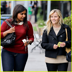 Reese Witherspoon: Lunch with Mindy Kaling!