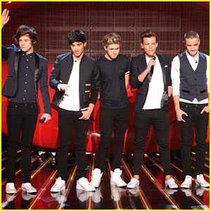 One Direction Performs 'Kiss You' on 'X Factor' Finale!