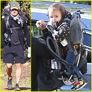 Orlando Bloom: Runyon Canyon Hike with Flynn