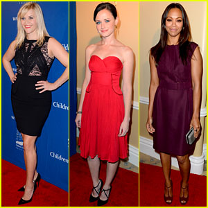 Reese Witherspoon &#038; Alexis Bledel: Beat the Odds Awards!