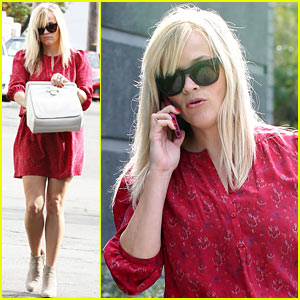 Reese Witherspoon: I Love Mindy Kaling!