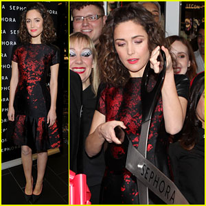 Rose Byrne: Sephora Times Square Re-Opening!