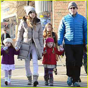 Sarah Jessica Parker & Matthew Broderick: School Walk with the Twins!