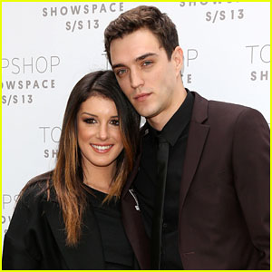 Shenae grimes dating josh beech