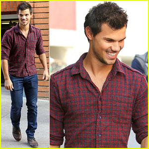 Taylor Lautner: Business in Brentwood!