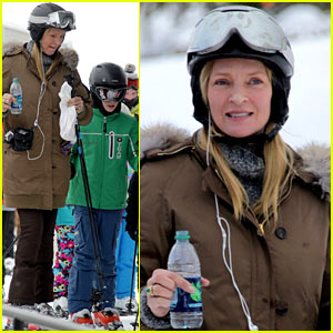 Uma Thurman: Aspen Ski Vacation!