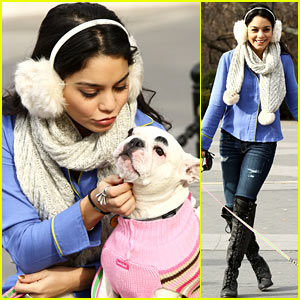 Vanessa Hudgens: Big Apple Dog Walk!