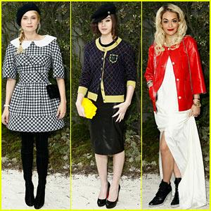 Diane Kruger & Hailee Steinfeld: Chanel Paris Fashion Week Show