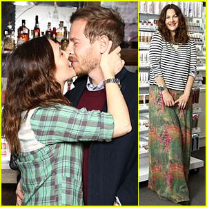 Drew Barrymore & Will Kopelman: Flower Launch Party!