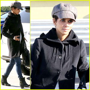 Halle Berry: Back at the Vet with Pet Cat