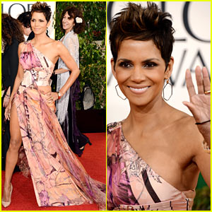 Halle Berry - Golden Globes 2013 Red Carpet