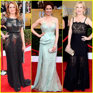 Jenna Fischer & Ellie Kemper - SAG Awards 2013 Red Carpet