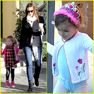 Jennifer Garner: Ballet & Coffee with Seraphina!