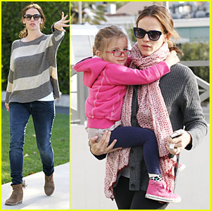 Jennifer Garner: 'Martha Speaks' Sneak Peek - Watch Now!