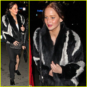 Jennifer Lawrence: Girls Night Out!