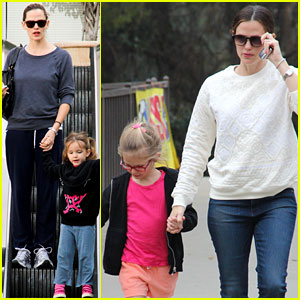 Jennifer Garner: Palisades Playdate With Violet!