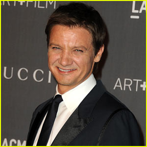 Jeremy Renner: Expecting First Child?