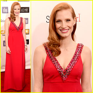 Jessica Chastain - Critics' Choice Awards 2013 Red Carpet