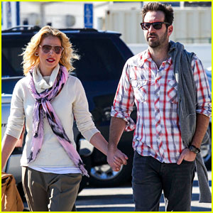 Katherine Heigl & Josh Kelley: Holding Hands in Malibu