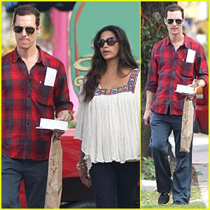 Matthew McConaughey & Camila Alves: Birthday Bakery Stop!