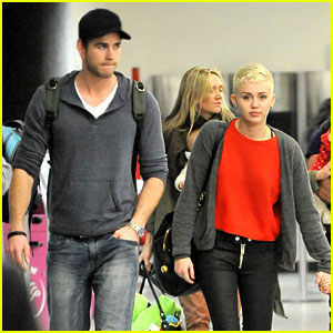 Miley Cyrus & Liam Hemsworth Take Flight with the Family!