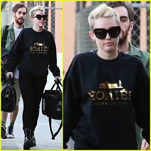 Miley Cyrus: Recording Studio Session with Pet Pooch Bean!