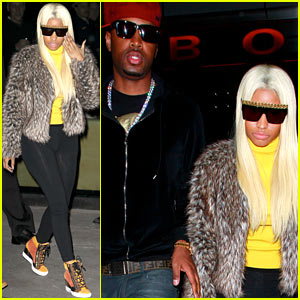 Nicki Minaj: I Laughed Till My Stomach Hurt Tonight!