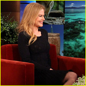 Nicole Kidman Reveals Family Photo on 'Ellen'