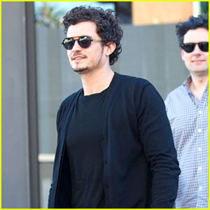 Orlando Bloom: Cafe Gratitude Lunch with Pals!