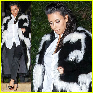 Pregnant Kim Kardashian Debuts Baby Bump En Route to New Year's Eve Celebration!