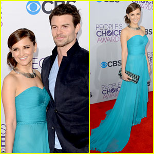Rachael Leigh Cook - People's Choice Awards 2013 Red Carpet