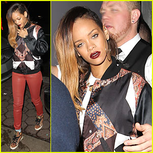 Rihanna: Fashion Line Unveiled at London Fashion Week!