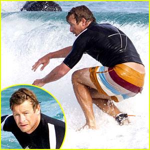 Simon Baker: Surfing in Sydney!