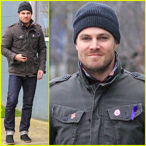 Stephen Amell: I Want To Host 'Saturday Night Live'!