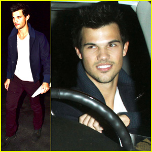 Taylor Lautner: Clippers Game with Sara Hicks!