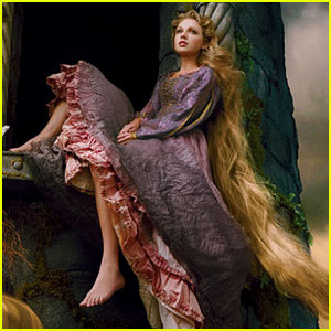 Taylor Swift: Princess Rapunzel for Disney Dream Portrait!