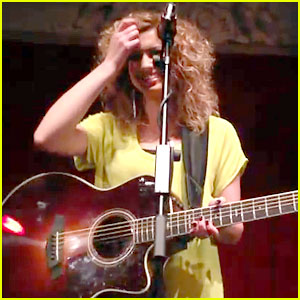 Tori Kelly's 'PYT' Riff Drives London Crowd Wild! (Video)