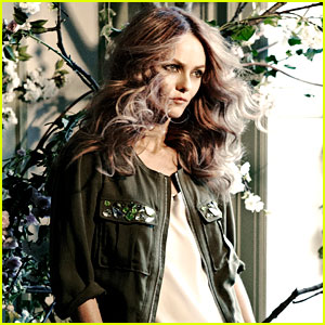 Vanessa Paradis: H&#038;M's New Face!