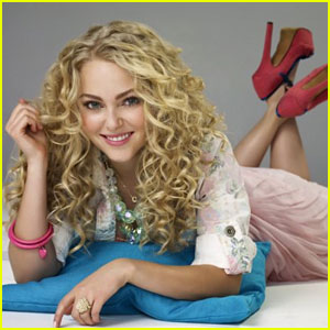 10 Reasons To Tune Into 'The Carrie Diaries'