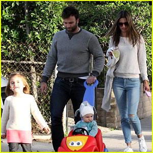 Alessandra Ambrosio & Jamie Mazur: Family Friday Stroll!