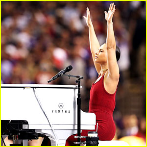 Alicia Keys Super Bowl 2013 National Anthem Watch Now 2013 Super Bowl Alicia Keys Just Jared